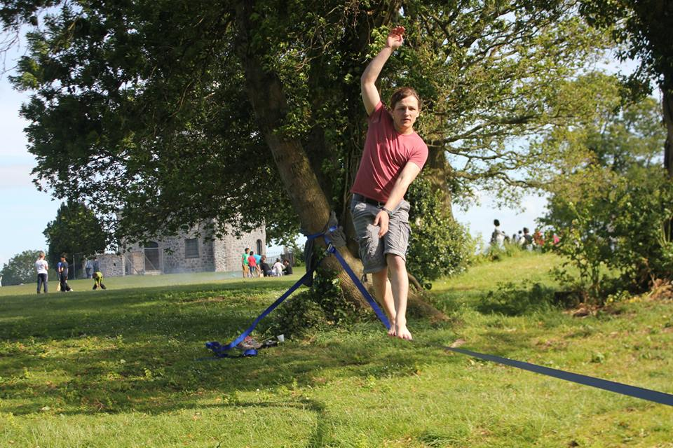 Photo showing slacklining